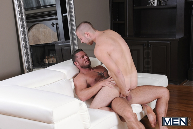 Drill My Hole Hot peeping tom Atticus Benson gets busted by Charlie Harding now hes fucked 06 Ripped Muscle Bodybuilder Strips Naked and Strokes His Big Hard Cock torrent photo11 - Drill My Hole - Hot peeping tom Atticus Benson gets busted by Charlie Harding now he's fucked