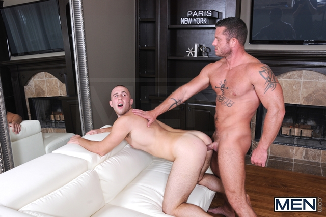 Drill My Hole Hot peeping tom Atticus Benson gets busted by Charlie Harding now hes fucked 08 Ripped Muscle Bodybuilder Strips Naked and Strokes His Big Hard Cock torrent photo11 - Drill My Hole - Hot peeping tom Atticus Benson gets busted by Charlie Harding now he's fucked