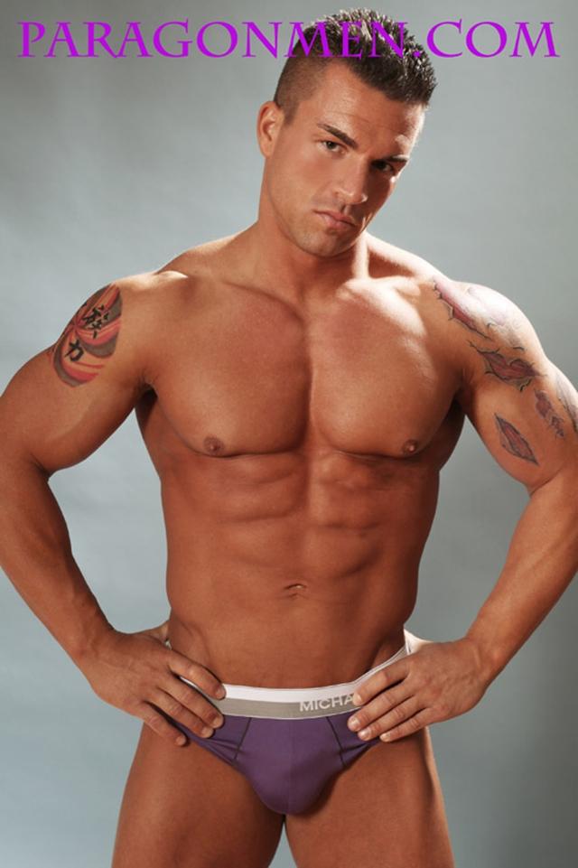 Gay-porn-pics-01-Muscled-sex-bodybuilder-Braden-Charron-Paragon-Men-all-american-boy-naked-muscle-men-nude-bodybuilder-photo
