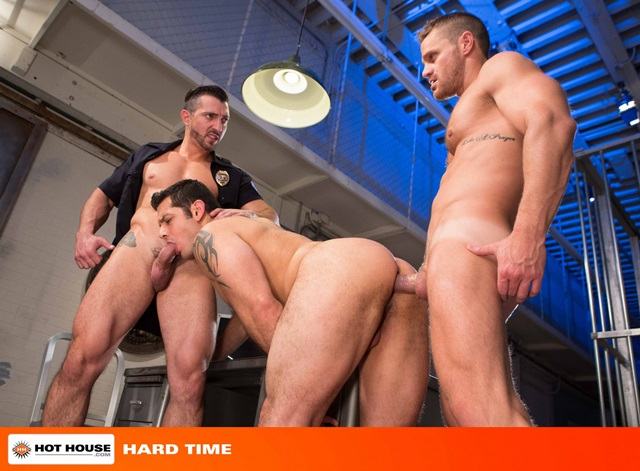 Jimmy-Durano-and-Landon-Conrad-Hothouse-gay-porn-stars-fucking-naked-guys-muscle-hunks-muscled-cocks-anal-sex-young-studs-huge-uncut-dick-002-gallery-video-photo