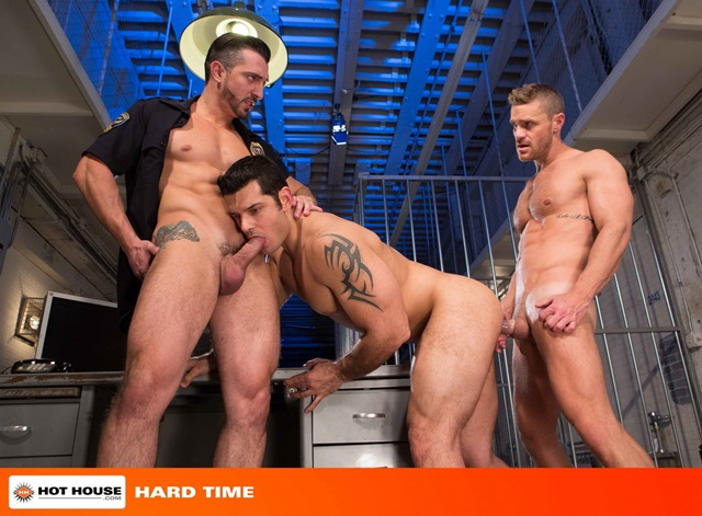 Jimmy-Durano-and-Landon-Conrad-Hothouse-gay-porn-stars-fucking-naked-guys-muscle-hunks-muscled-cocks-anal-sex-young-studs-huge-uncut-dick-006-gallery-video-photo
