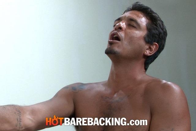Blue-Bailey-and-Shawn-Mason-Hot-Barebacking-gay-bareback-sex-raw-fucking-condom-free-fuck-007-gallery-photo