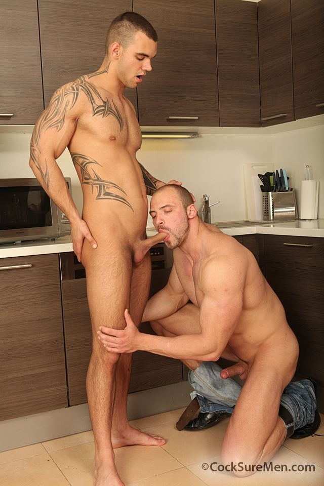 Cocksure-Men-Thomas-Ride-bareback-fucks-Ivo-Kerk-asshole-rides-shoots-thick-load-hairy-ass-008-male-tube-red-tube-gallery-photo
