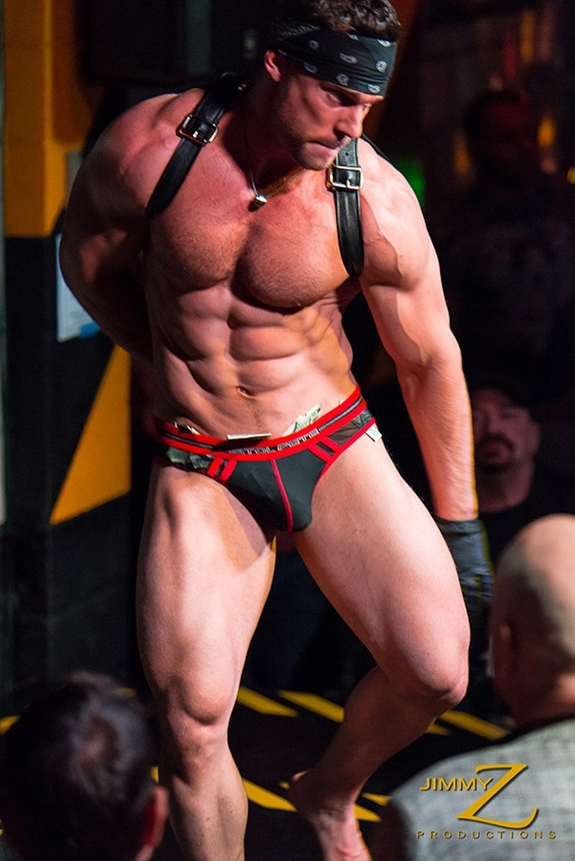 JimmyZProductions-Axel-ripped-nude-muscle-bodybuilder-man-sexy-athlete-gay-stripper-stage-fully-naked-003-male-tube-red-tube-gallery-photo