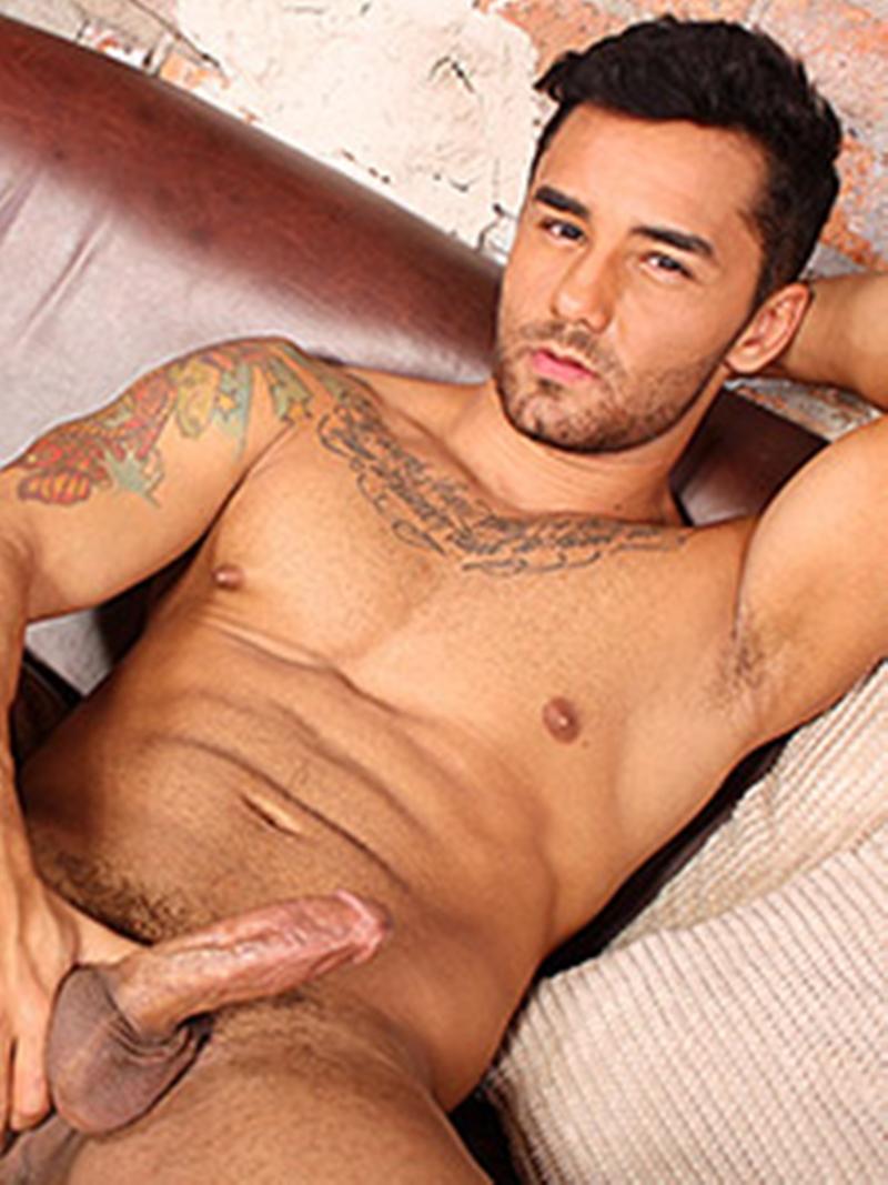 BlakeMason-Gorgeous-Brazilian-muscle-hunk-Bruno-Bernal-big-uncut-dick-sexual-experience-wanking-cumshot-solo-action-018-tube-download-torrent-gallery-sexpics-photo