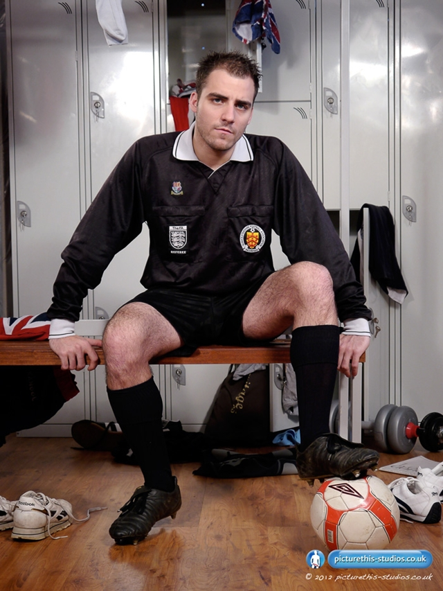 Picture this Studios - Hot naked football referee Fraser Jacs jacks off in the locker room!