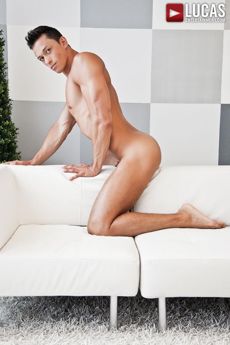 LucasEntertainment-Logan-Novak-Michael-Lucas-top-bottom-bareback-fuck-hairy-men-muscle-men-ass-fucking-tight-asshole-004-tube-download-torrent-gallery-sexpics-photo