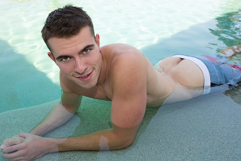 SeanCody-Sexy-young-muscle-boy-Graham-handsome-muscle-ripped-abs-big-curved-dick-low-hanging-balls-jerking-explodes-cumshot-001-tube-download-torrent-gallery-sexpics-photo