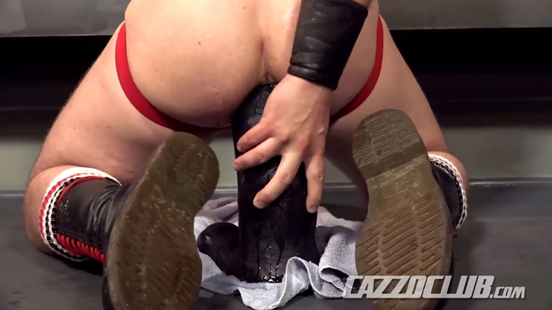 cazzoclub-naked-pig-fisting-bottom-ashley-ryder-horny-top-nico-lust-hairless-pink-ass-open-asshole-gaping-cunt-rosebud-swollen-013-gay-porn-sex-gallery-pics-video-photo