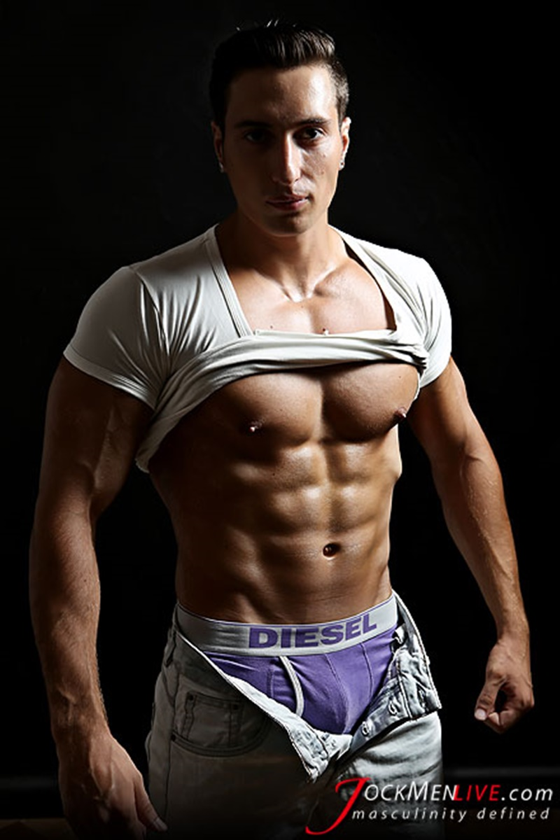 JockMenLive big muscle bodybuilder nude dudes Hot Nicholas huge massive muscled thick dick ripped six pack abs shredded 003 gay porn sex gallery pics video photo 2 - Jock Men Live Hot Nicholas shows off his big muscled body that's why we love him