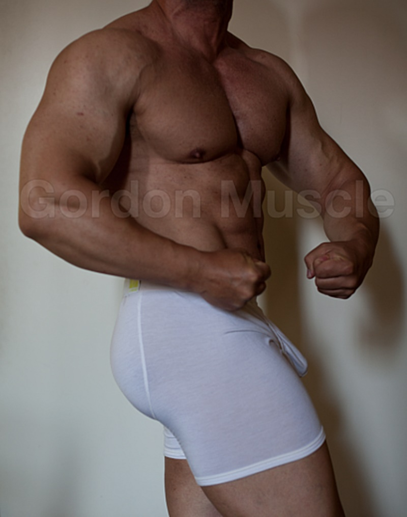 JockMenLive nude big muscle hunks Gordon Muscle jerking sweating posing pouch huge dick crotch bulge cumshot flexin muscled 001 gay porn sex gallery pics video photo 2 - Jock Men Live Gordon Muscle masturbating and flexing his big muscle body