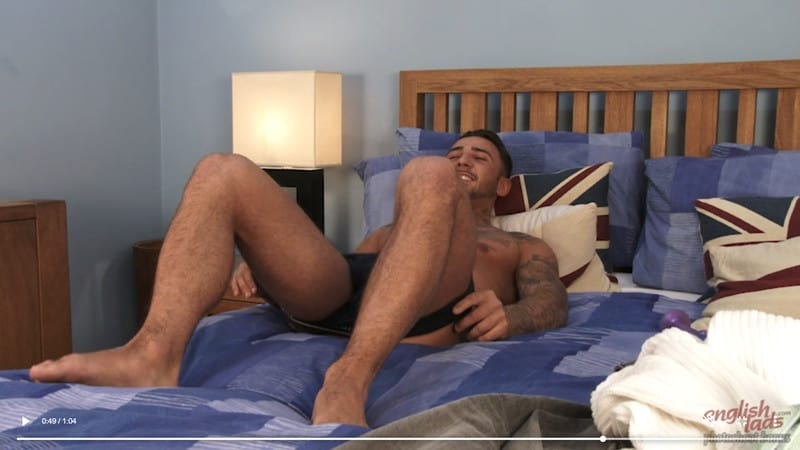 Men for Men Blog Gay-Porn-Pics-018-Jaxon-North-Tanned-straight-young-muscle-hunk-naked-tight-undies-ass-big-dildo-EnglishLads Tanned straight young muscle hunk Jaxon North strips off his tight undies and probes his ass with his big dildo English Lads