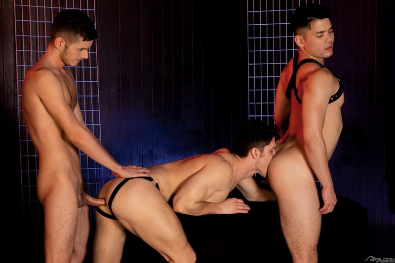 Devin-Franco-doubled-fucked-Colton-Reece-Christian-Finch-huge-muscle-cocks-FalconStudios-012-gay-porn-pictures-gallery