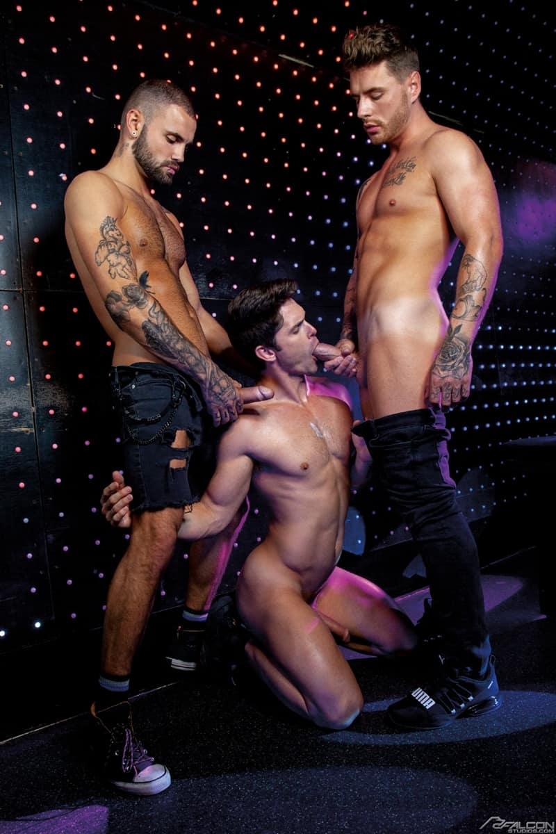 Josh-Moore-Jeffrey-Lloyds-huge-cocks-spit-roasting-Devin-Franco-hot-bubble-butt-ass-hole-FalconStudios-005-Gay-Porn-Pics