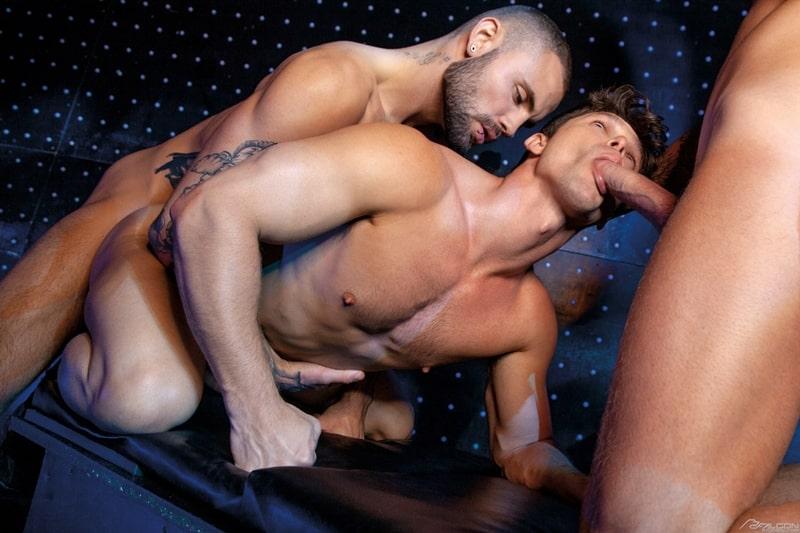 Josh-Moore-Jeffrey-Lloyds-huge-cocks-spit-roasting-Devin-Franco-hot-bubble-butt-ass-hole-FalconStudios-011-Gay-Porn-Pics