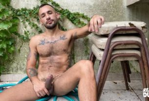 Hairy tattooed young hunk Reality Dudes Str8 Chaser Pablo 0 gay porn pics 305x207 - Hairy tattooed young hunk Reality Dudes Str8 Chaser Pablo