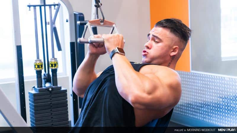 Big muscle hunk Phillipe Massa flexes gym stroking huge thick dick huge cumload 5 gay porn pics - Big muscle hunk Phillipe Massa flexes in the gym before stroking his huge thick dick to a huge cumload