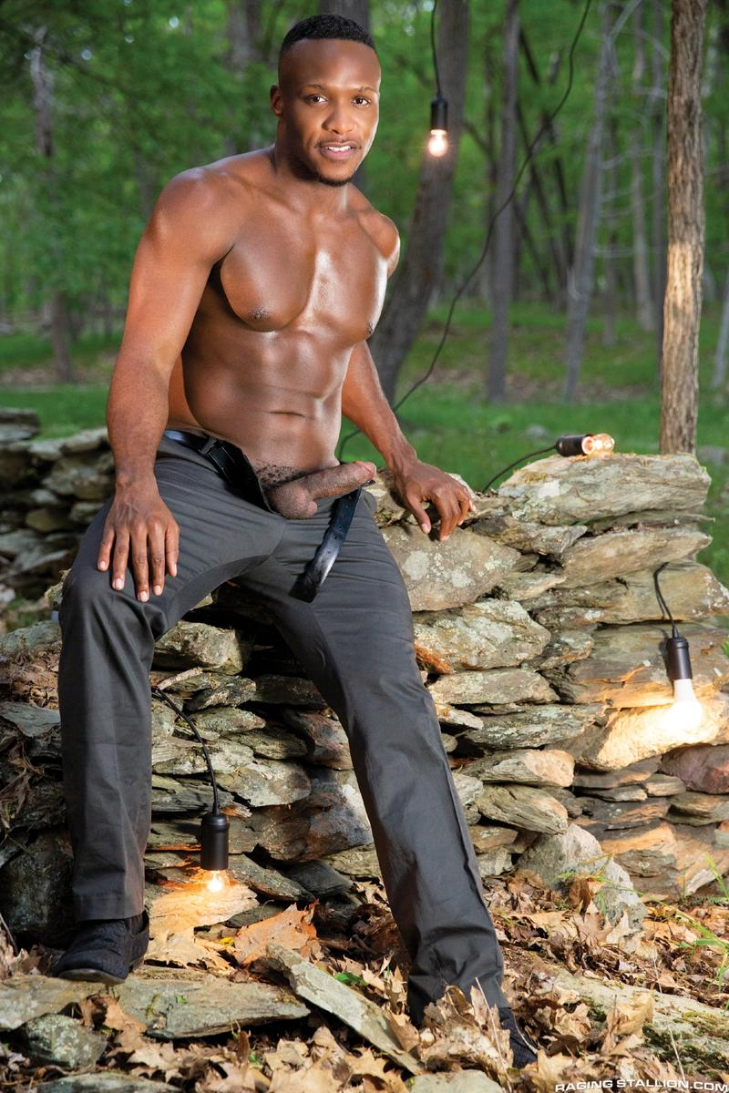 Horny muscle dude Beau Butler hairy asshole fucked Andre Donovan huge black cock 3 gay porn pics - Horny muscle dude Beau Butler's hairy asshole fucked by Andre Donovan's huge black cock